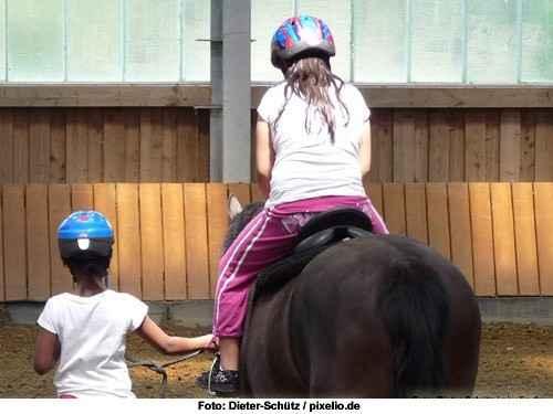 Mein Kind will reiten - erste Ausrüstung - das Schuhwerk